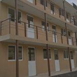 casa prefabricada de tres plantas